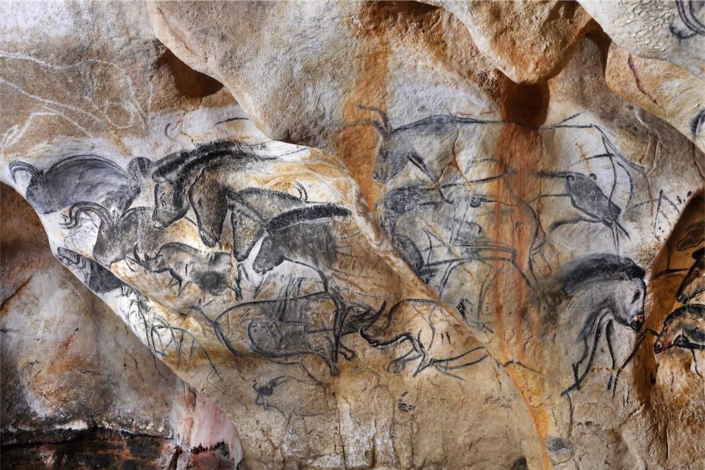 Le-panneau-des-chevaux-long©Patrick-Aventurier-web-1024×682