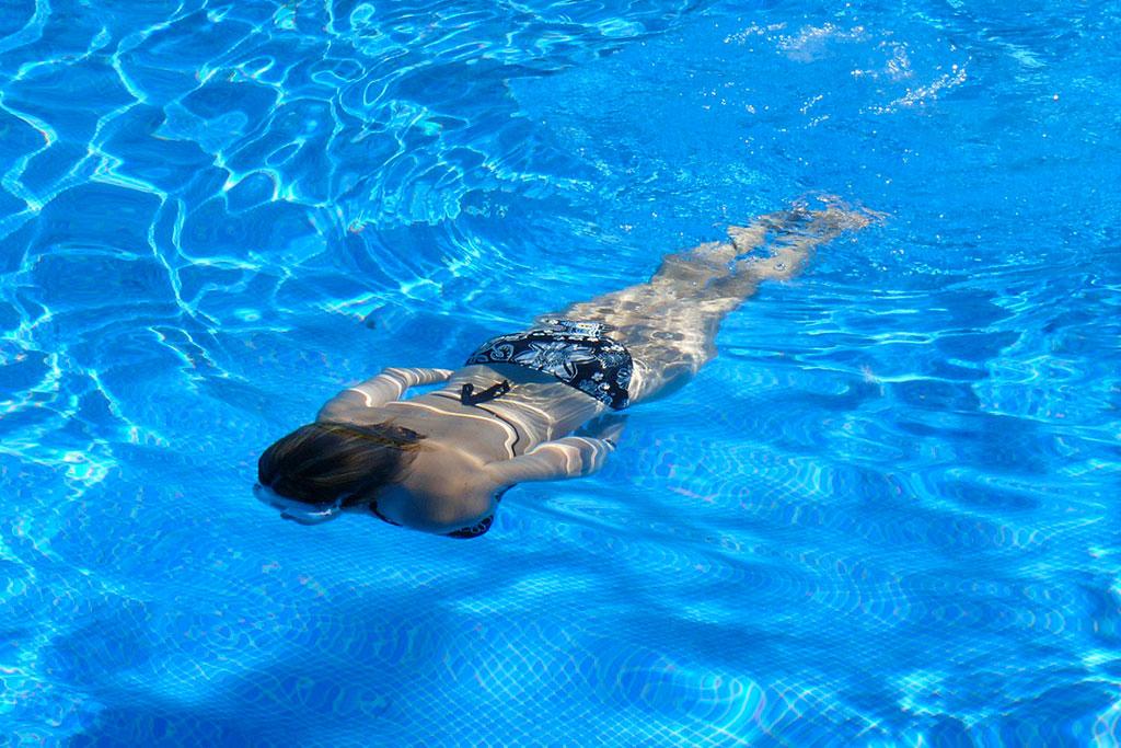 piscine3-camping-orgnac
